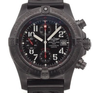 Breitling Avenger Skyland Blacksteel Limited - M13380