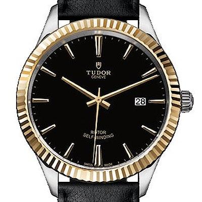 Tudor Style  - 12713