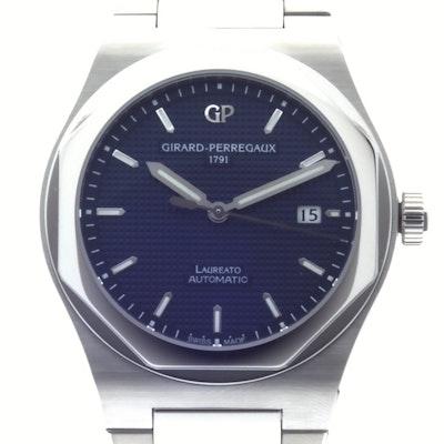 Girard Perregaux Laureato  - 81000-11-431-11A