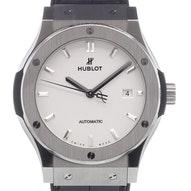 Hublot Classic Fusion  - 542.NX.2611.LR