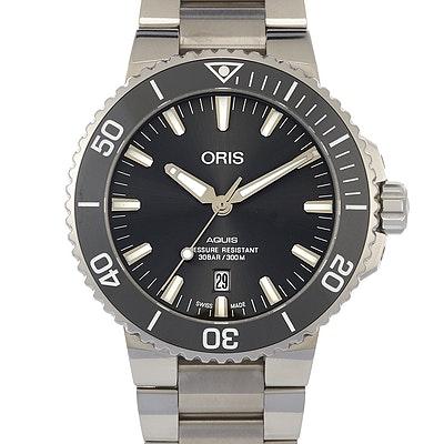 Oris Aquis Titanium Date - 01 733 7730 7153-07 8 24 15PEB