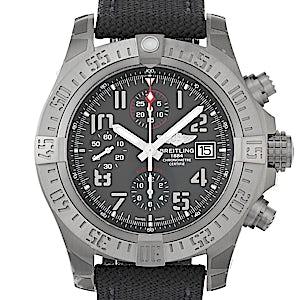 Breitling Avenger E13383101M1W1