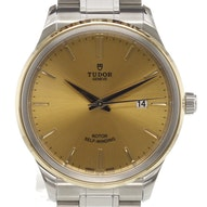 Tudor Style - 12703