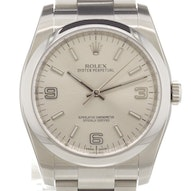 Rolex Oyster Perpetual - 116000