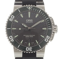 Oris Aquis Date - 01 733 7653 4137-07 4 26 34EB