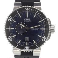 Oris Aquis Small Second Date - 01 743 7673 4135-07 4 26 34EB