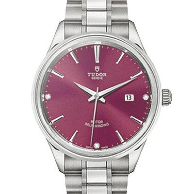 Tudor Style  - 12700