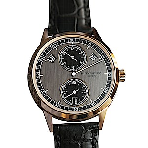Patek Philippe Complications 5235/50R-001